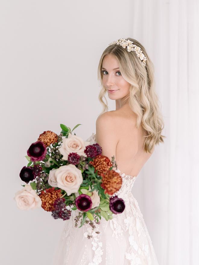 stephania campos fall wedding shoot earth tone bouquet greenery orange burgundy