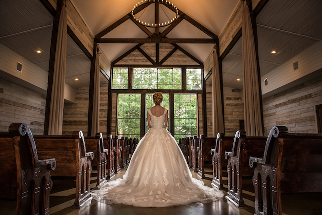 On Site Chapel Wedding Venues - Big Sky Barn
