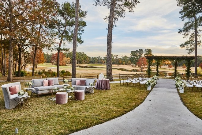 clubs of kingwood houston wedding venue outdoor ceremony