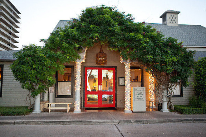 Intimate Houston Wedding Venue - Rehearsal Dinner Venue - Ouisie's Table