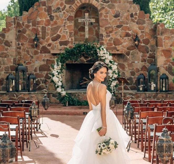 houston wedding florist petals by design outdoor ceremony floral ring