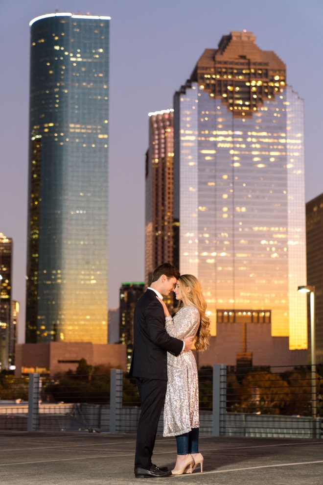 downtown houston skyline rooftop couple photo stephania campos