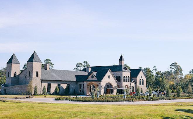 iron manor Unique Wedding Venues north houston