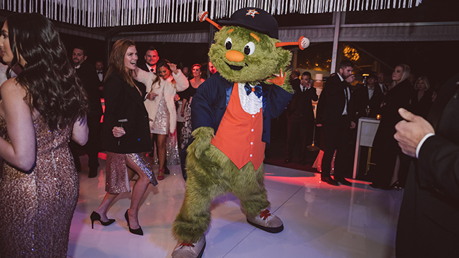 astros ryan pressly new year's eve wedding mascot orbit