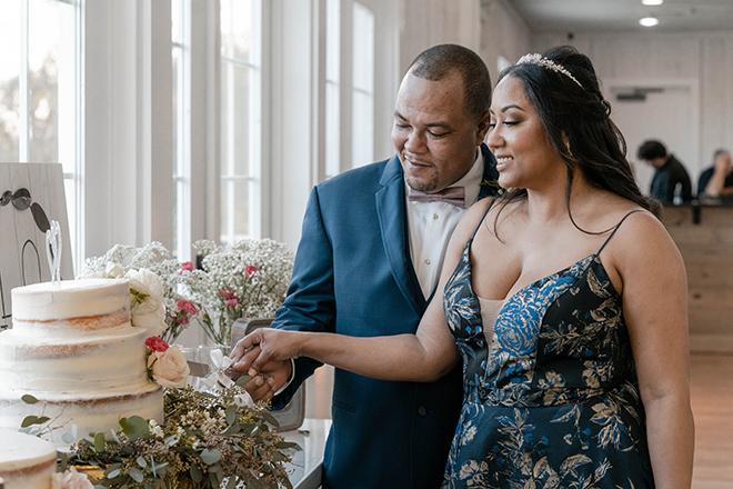 dusty rose, navy, blue, diy wedding, wedding photography, j. ernest media, wedding cake, diy, cutting the cake