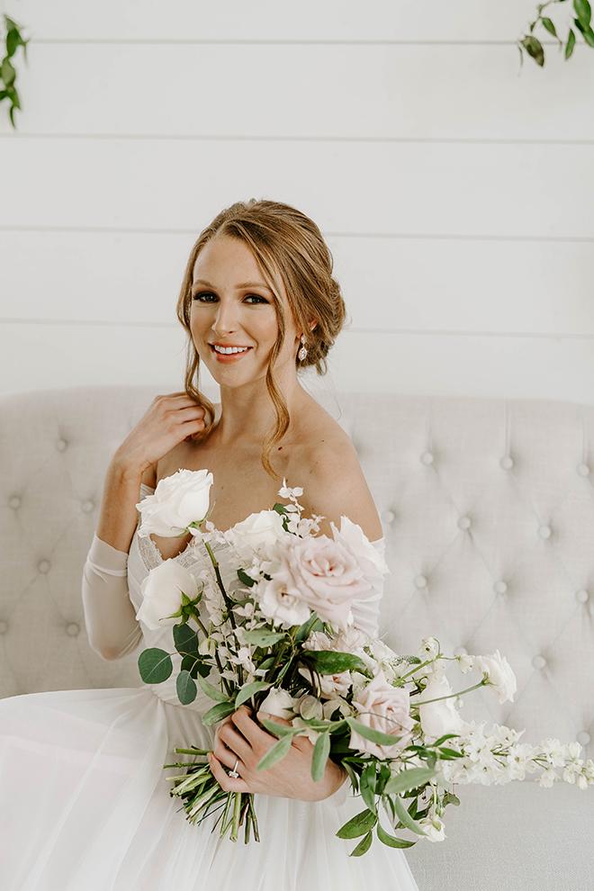 natural wedding makeup, emily figurelli, wedding photographer, bridal bouquet, updo, bridal hairstyle