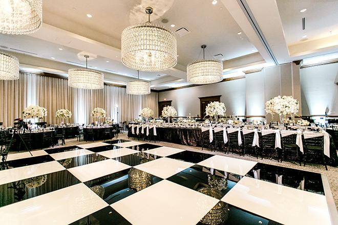modern wedding, reception decor, hotel wedding venue, houston, hotel zaza, memorial city, black, white, metallics, plants n petals, dance floor