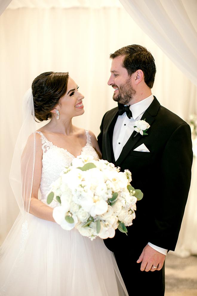 wedding photography, couple portrait, bride, groom, bridal bouquet, plants n petals, white