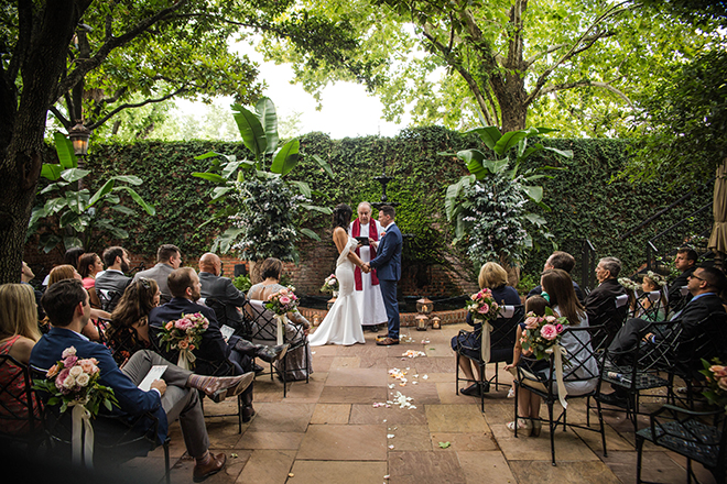 brunch wedding, outdoor ceremony, brennan's of houston, courtyard, new orleans, intimate