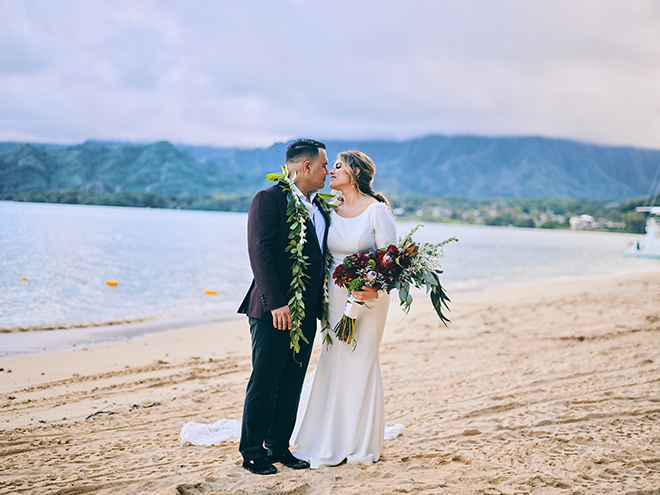 destination wedding, hawaii, wedding, photography, civic photos, videography, meant to be films, tropical, beach