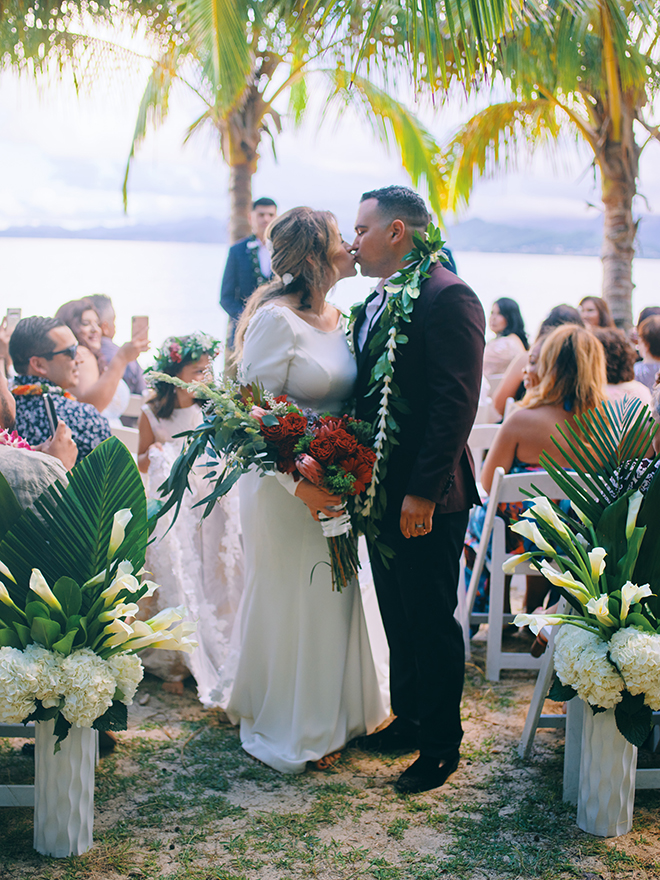 beach, destination wedding, hawaii, wedding, photography, civic photos, videography, meant to be films, tropical,