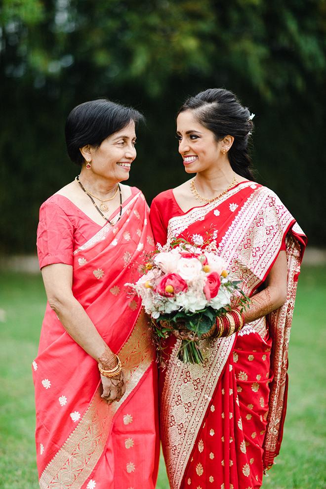 colorful, multicultural, wedding, sari, bride, wedding photography, wedding bouquet, dream bouquet
