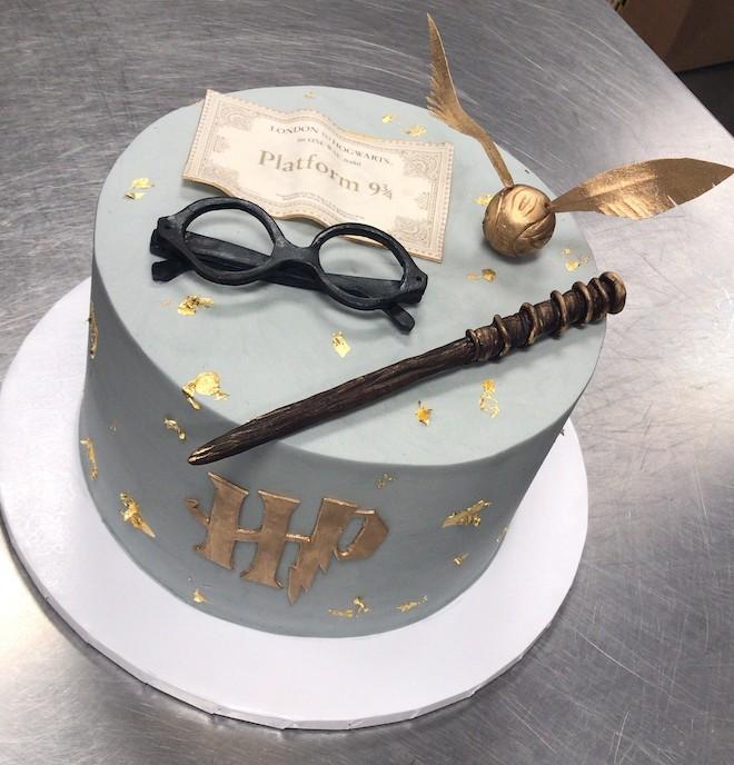 harry potter, wedding cake, wedding ideas, personal, unique, cake designs, common bond cakes