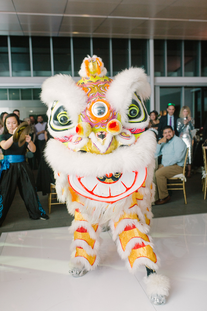 reception entertainment, lion dance, Vietnamese wedding, traditional