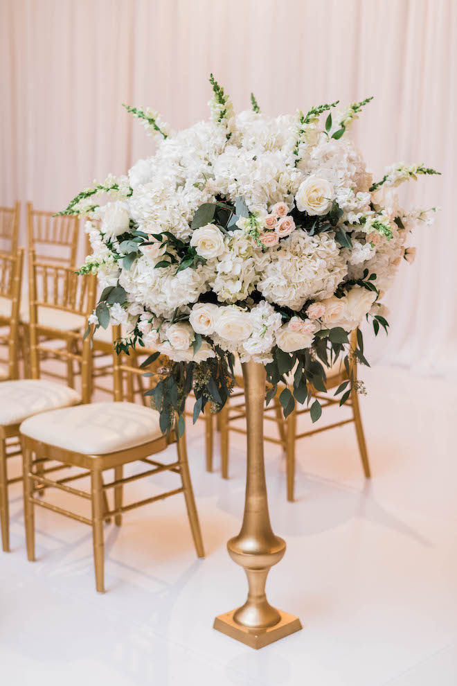 ceremony decor, white, gold, tall, florals, dramatic, lush