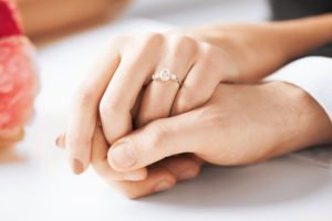 4 Dazzling Diamond Engagement Rings From I W Marks Jewelers