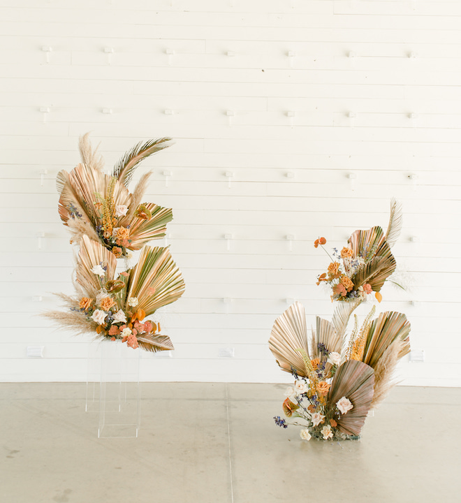 ghost shelf, wedding flowers, wedding decor, reception decor, orange, tan, roses, palm tree, terra cotta, styled shoot