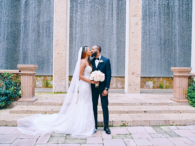 houston, water wall, bell tower on 34th, civic photos, couples portrait, venue, outdoor