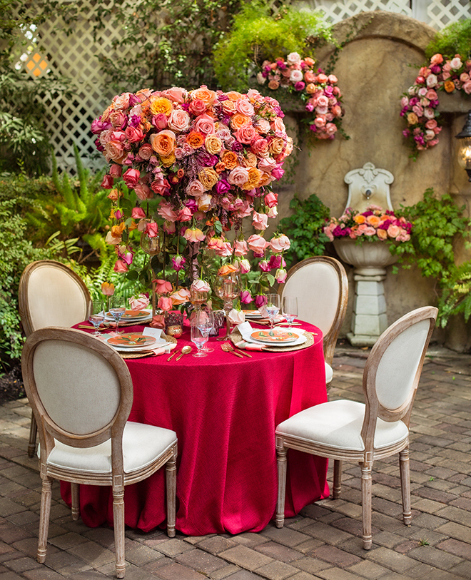 garden themed, styled shoot, wedding, vibrant, colorful, micro wedding, decor, reception, florals, flowers, venue, heather's glen, red, orange, pink, kirksey gregg productions