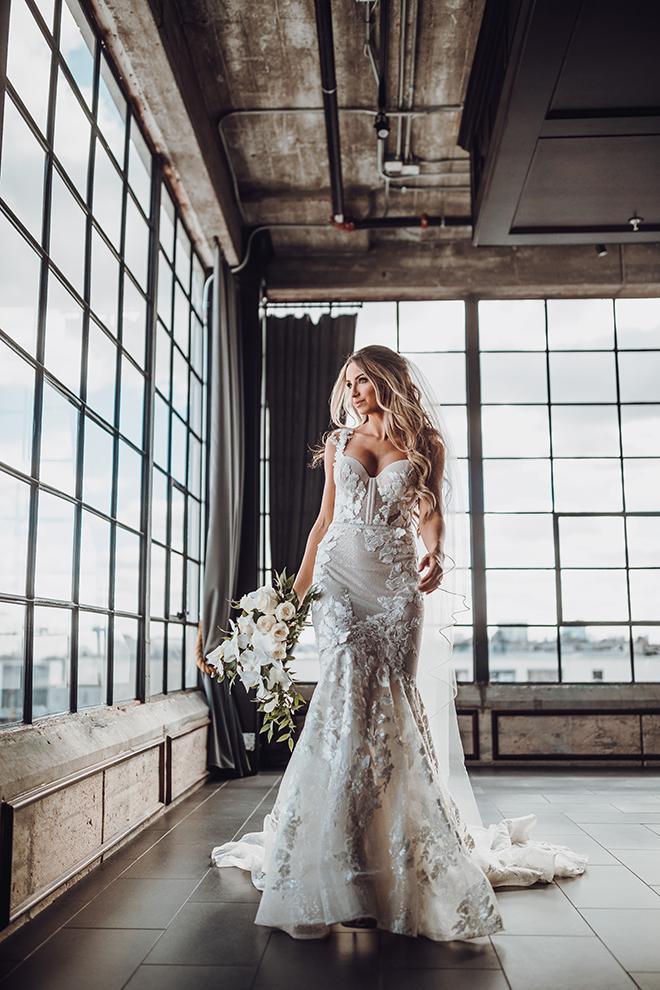 bridal portrait, bride, poses, bridal gown, bridal hair, bridal makeup, misty rockwell artistry, orchids, bridal bouquet, ama by aisha, the astorian, veil, lace, corset