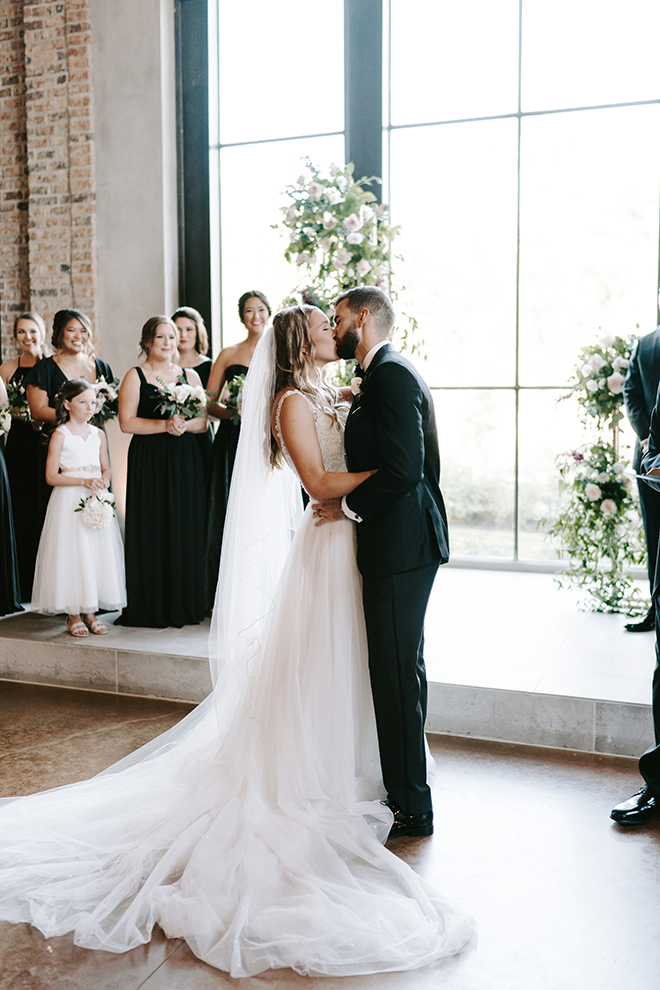wedding ceremony, chapel, iron chapel, iron manor, day, i do, greenery, natural light, bridal gown