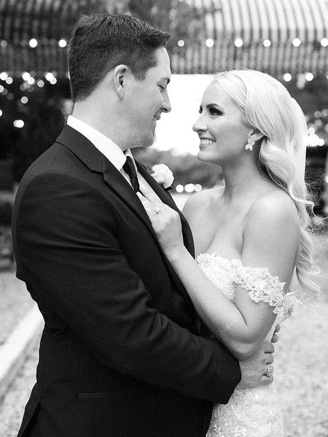 wedding photography, wedding moments, couple poses, stephania campos, houston, wedding photographer, elegant, bridal hair, down