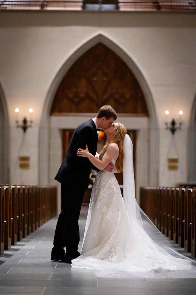 bride, groom, wedding photography, wedding photos, wedding photo ideas, couple's portrait, groomswear, black, bowtie, bridal bouquet, church ceremony