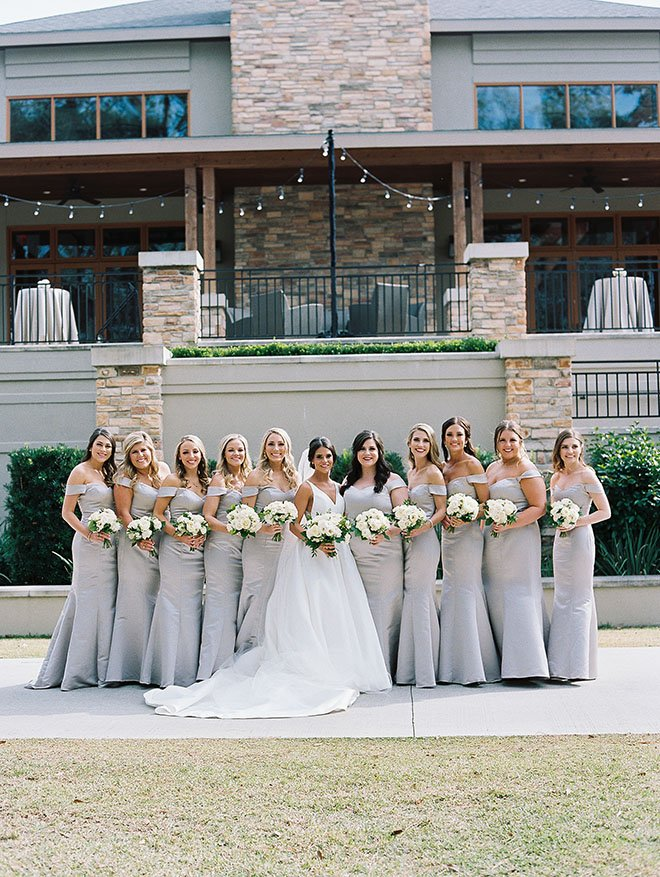 bridesmaids photo, outdoor photo, the woodlands country club, bridal bouquet, white flowers, bride tribe, bridal veil