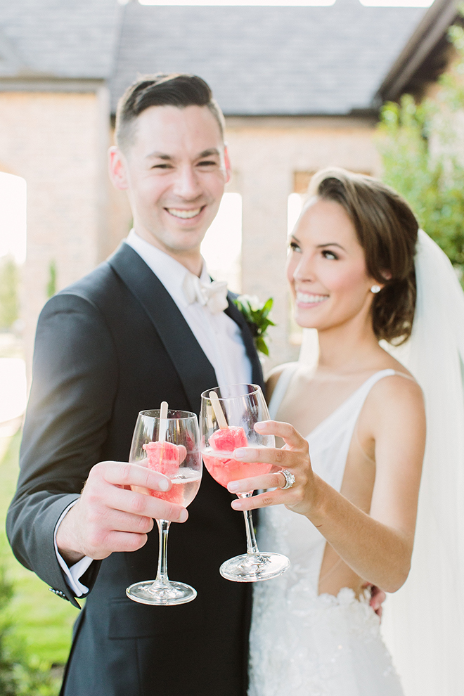 bride, groom, portraits, cocktail hour, alcohol, popsicles, unique reception ideas