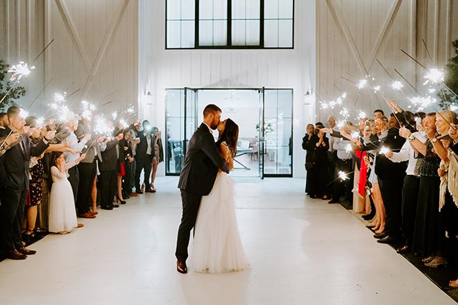 sparkler, sendoff, grand exit, bride, groom, emily figurelli, houston photographer