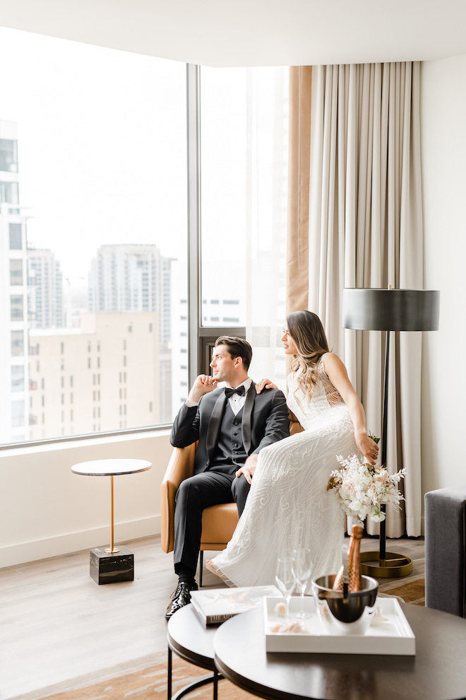 downtown houston, hotel suite, modern industrial, tuxedo, beaded gown, bridal style, bouquet, champagne, flutes, cityscape, Four Seasons Hotel Houston