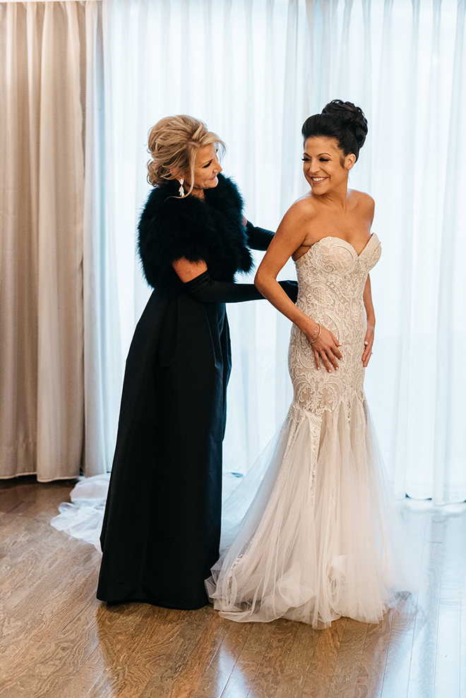 bride, mother of the bride, getting ready, bridal gown