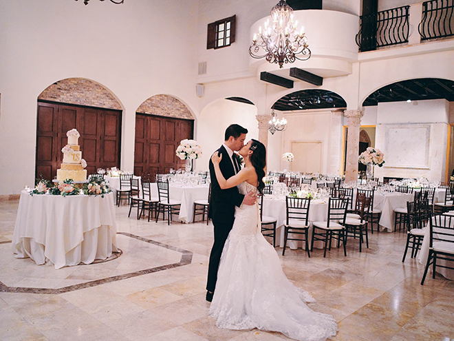 dreamy, european inspired wedding, bell tower on 34th, white linens, black chiavari chairs, floral centerpiece, blush, white, elegant, classic, wedding table, table setting