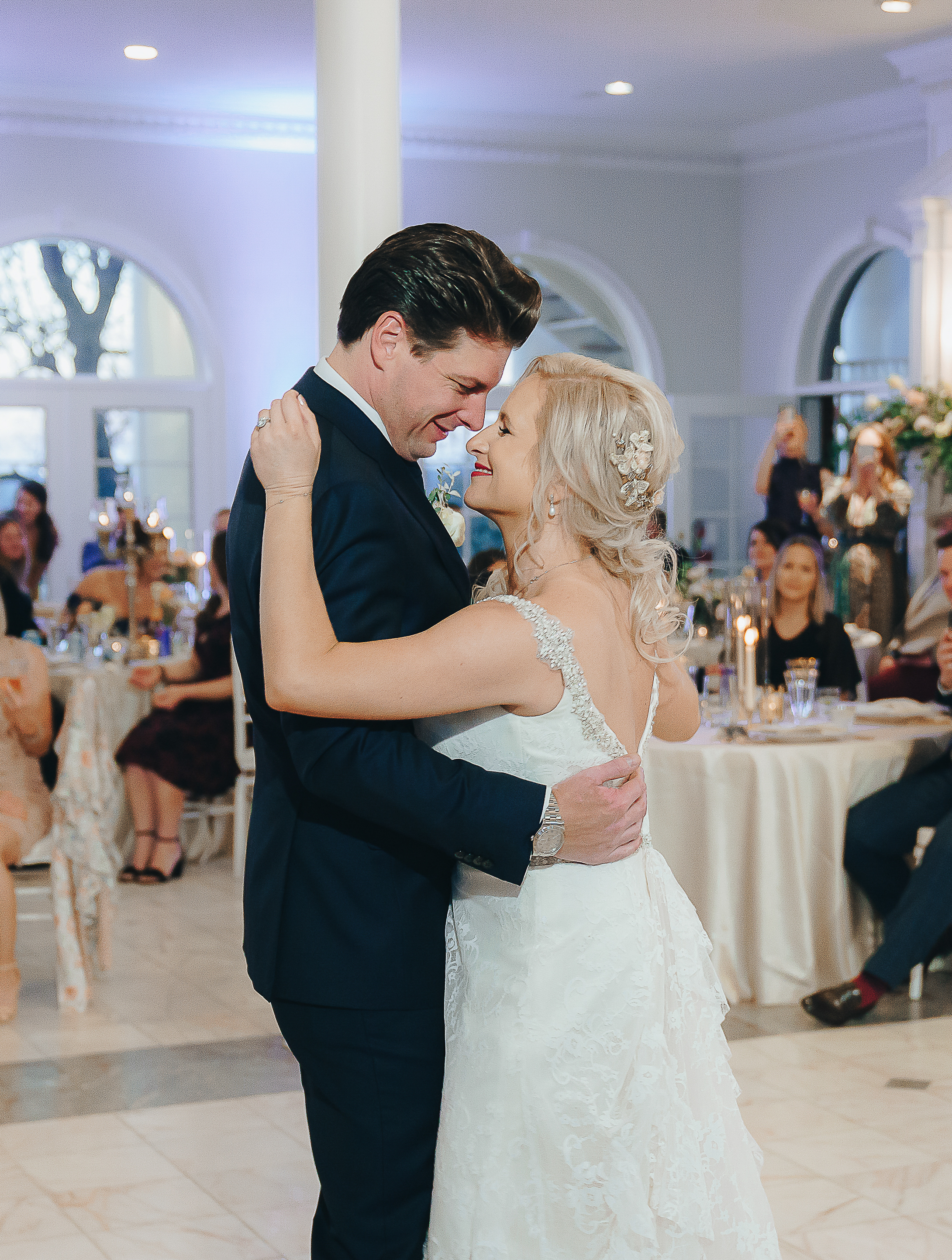 Bride and Groom having their first dance in the Mansion at ColoVista.
