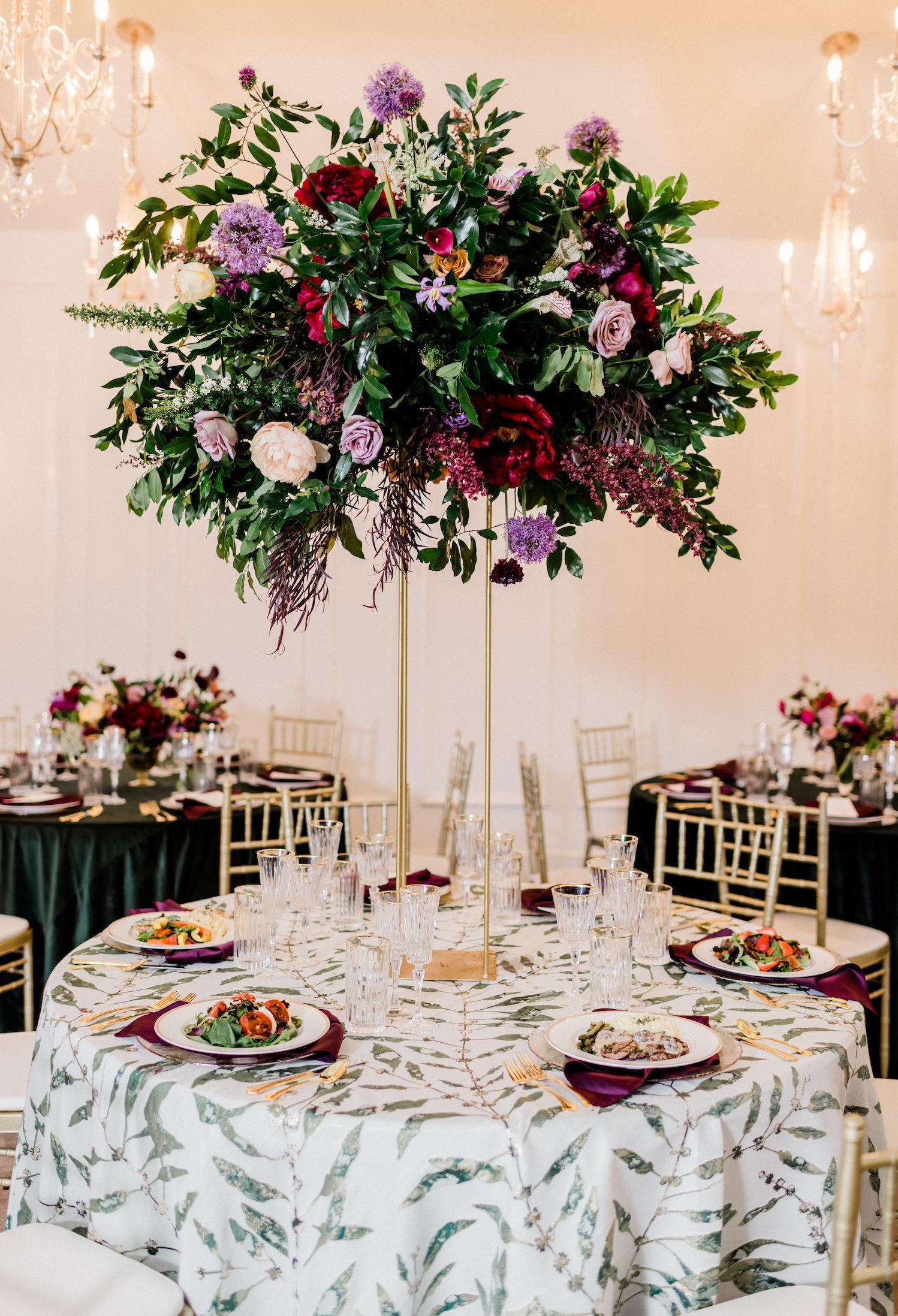 Berry and mauve wedding color palette.