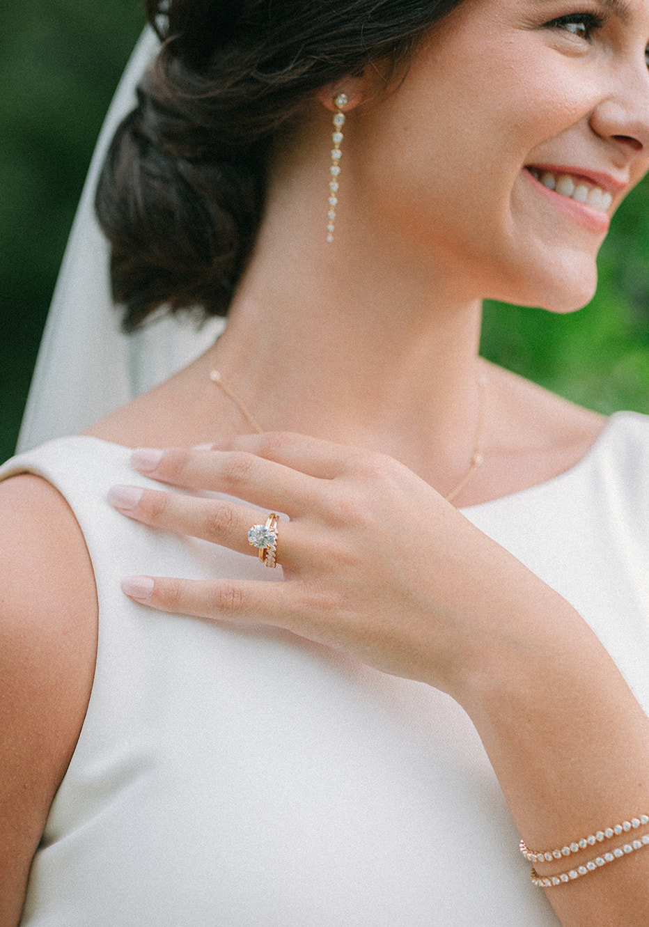 Close up of the bride's engagement ring for the southern styled shoot.