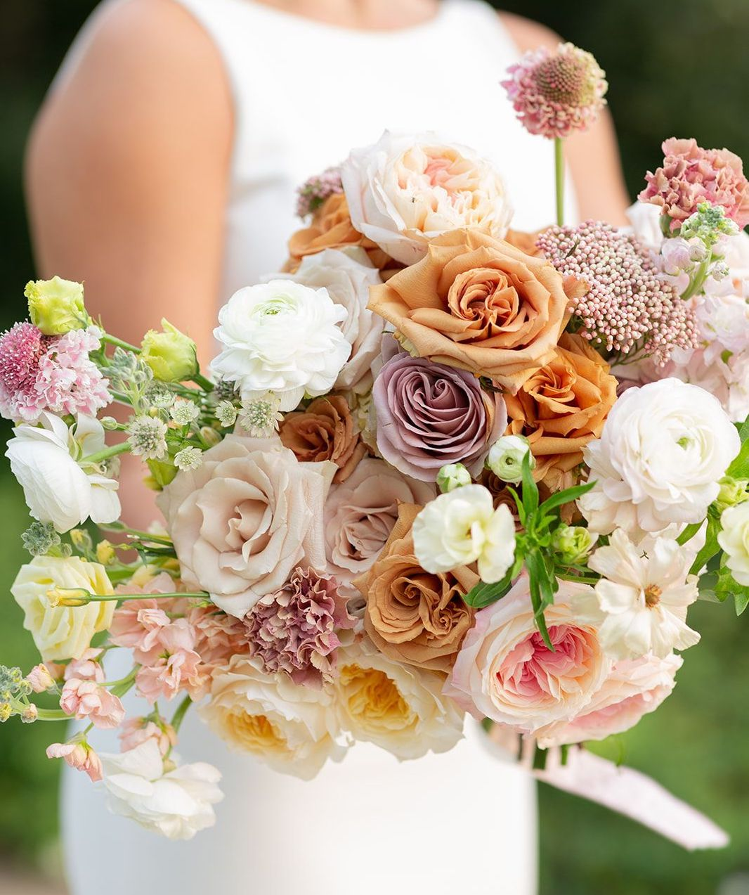 Close up of the artfully curated bridal bouquet for the southern styled shoot at The Mansion at ColoVista.