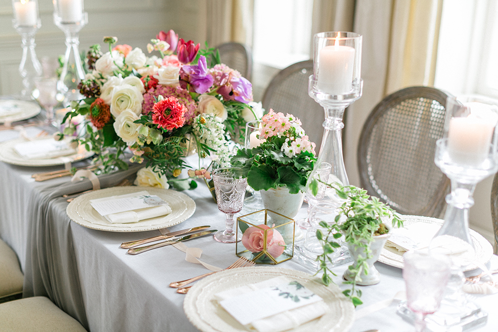 reception decor, table setting