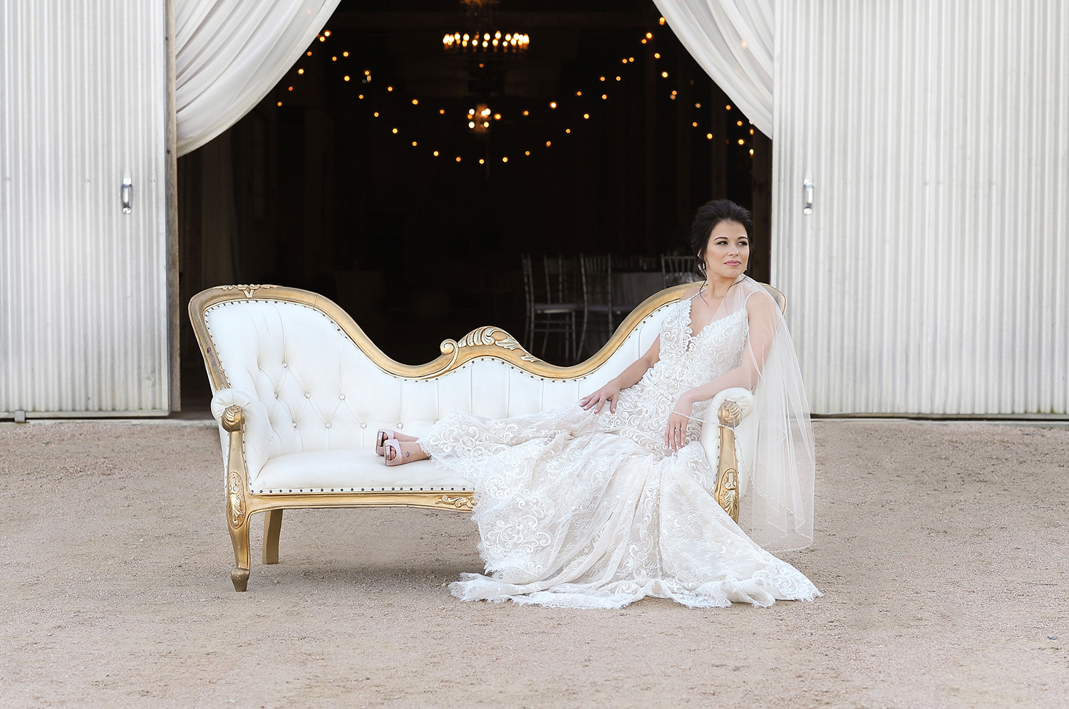 The Texas Bride - Weddings In Houston - Moffitt Oaks Styled Shoot - Jessica Frey Photography