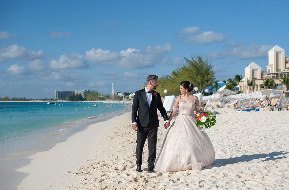beach wedding photography - island wedding