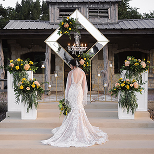 The Texas Bride - Weddings In Houston - Styled Shoot. A rustic-chic barn venue, boho glam florals, gorgeous gowns and an indoor-outdoor setting make for a classic Texas wedding.