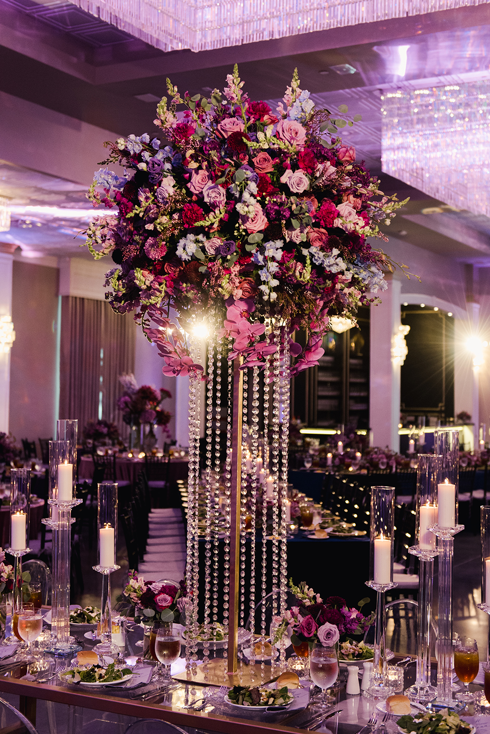 wedding reception decor - floral centerpiece