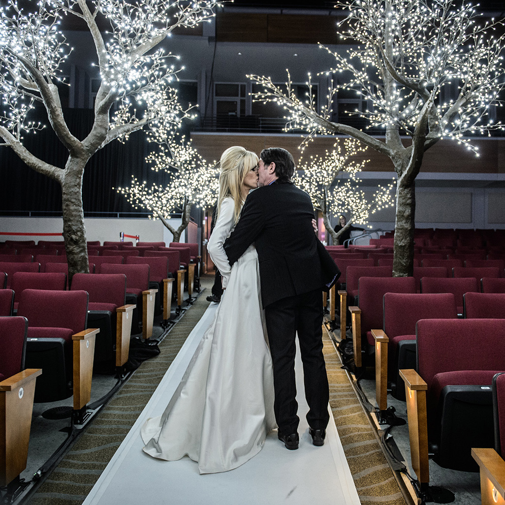 rockstar wedding - houston - indoor lighting