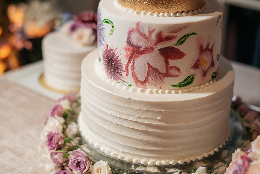 wedding cake detail - Susie's cakes & confections