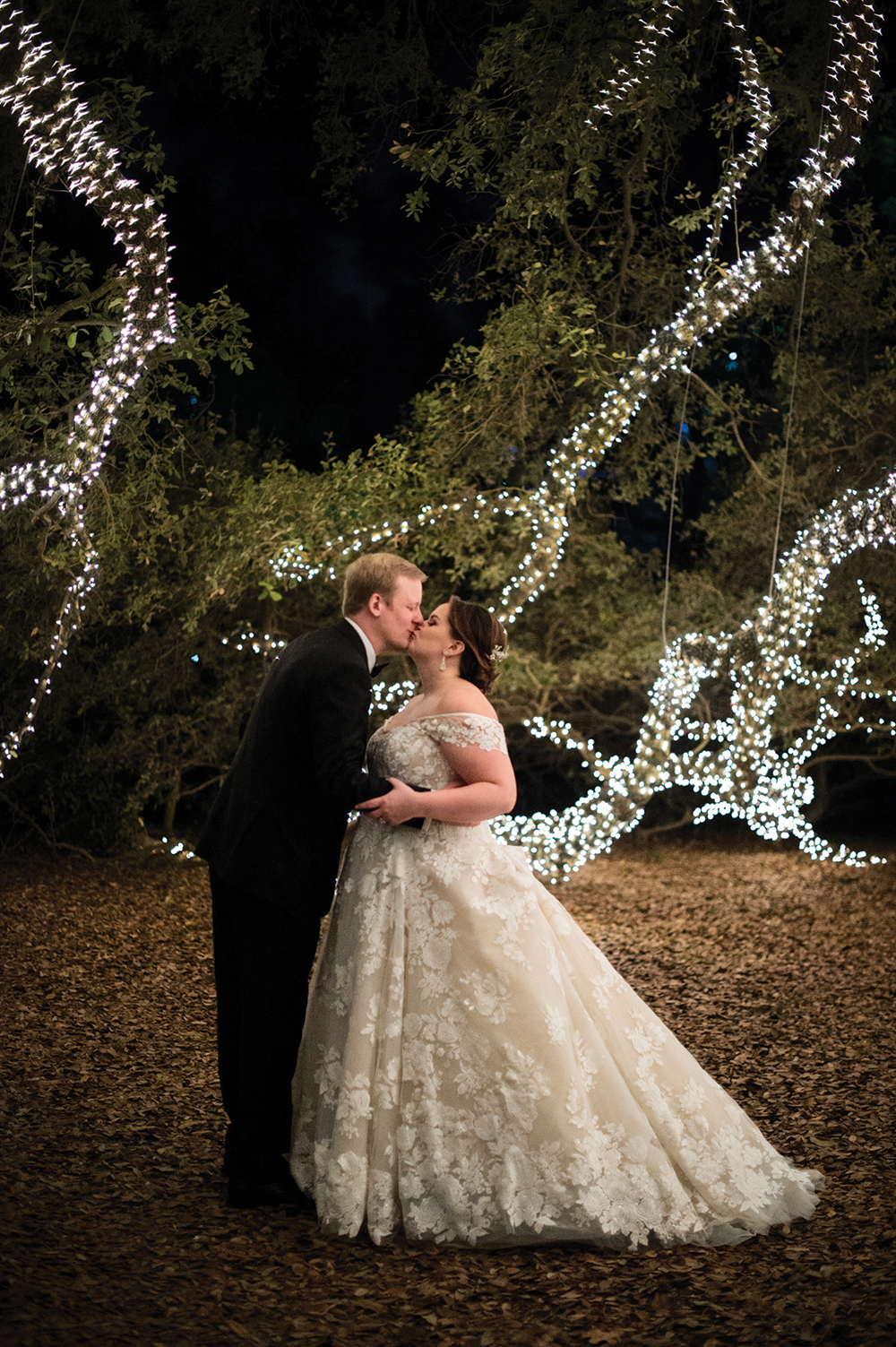 outdoor wedding-string lights