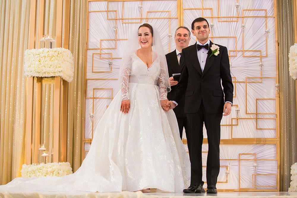 white and gold hotel wedding at westin memorial city