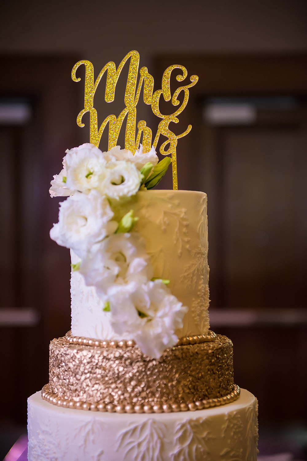 gold wedding cake topper, cakes by gina, houston baker