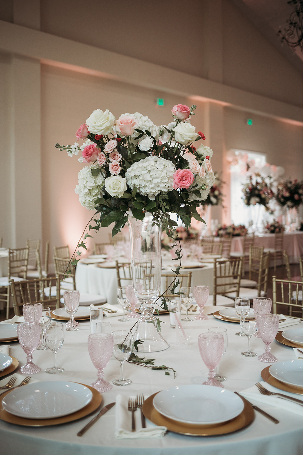 wedding reception decor - tablescapes