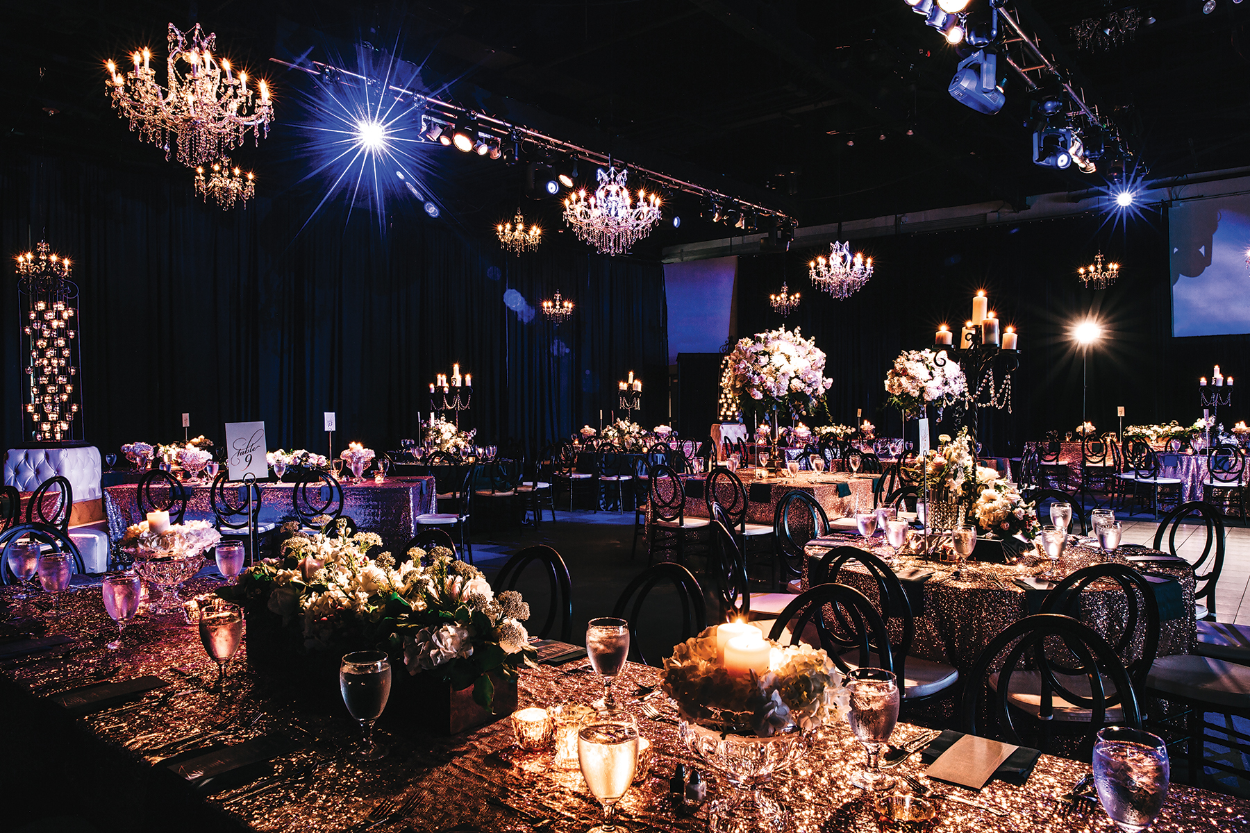 downtown houston wedding at ballroom at bayou place