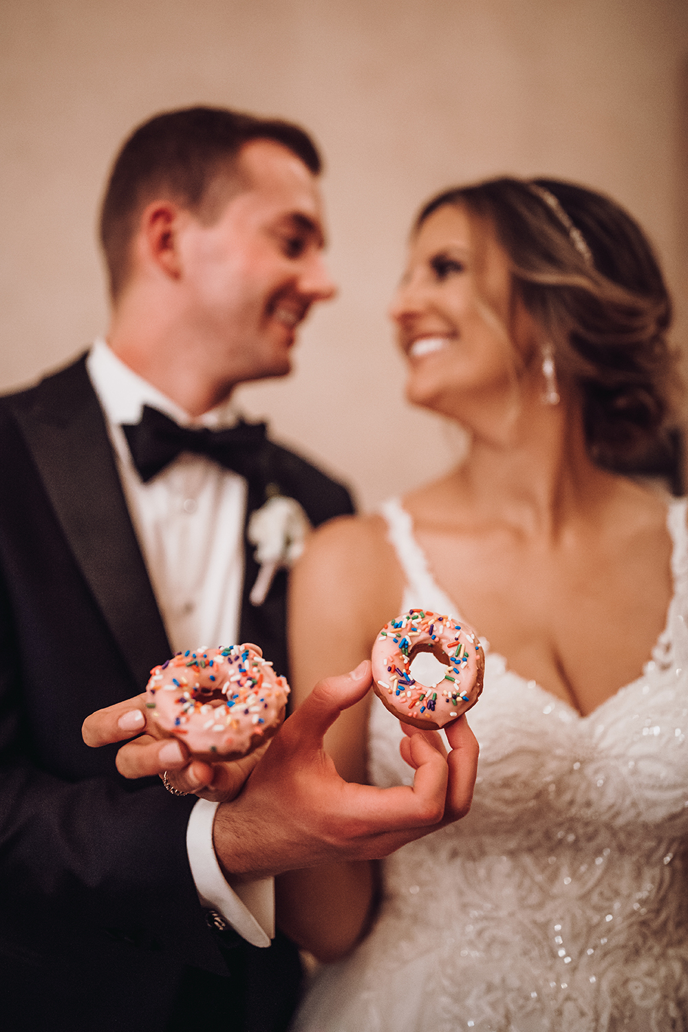 mini ring donuts - cute treats for the bride and groom - desserts